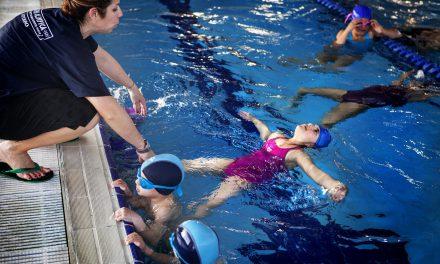 Riabilitazione in acqua, i volontari di Vitersport