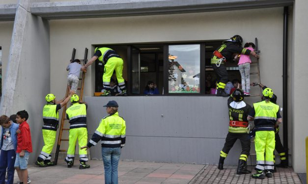 Protezione civile e Croce rossa, simulazione emergenza terremoto