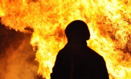 Intervento sull'incendio boschivo, una giornata infuocata