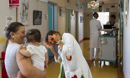 Clown terapia, missione sorriso in pediatria