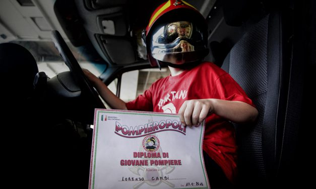 Pompieropoli, esercitazione antincendio con i bambini