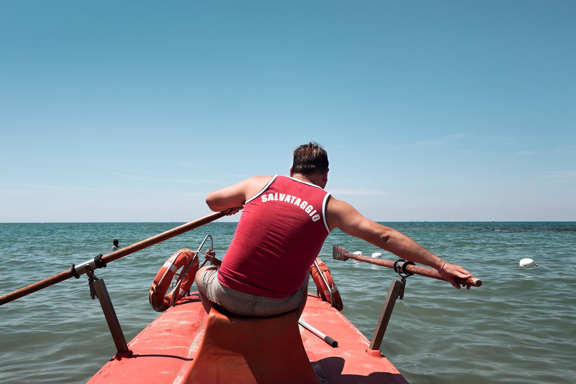 0037 assistente bagnanti in mare - Storie di volontariato toscano