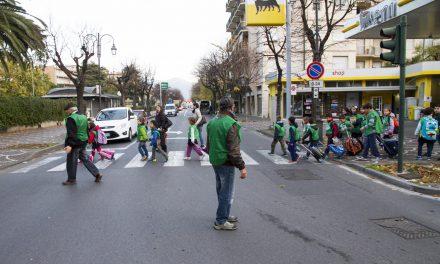 Assistenza sociale, dalla periferia a scuola