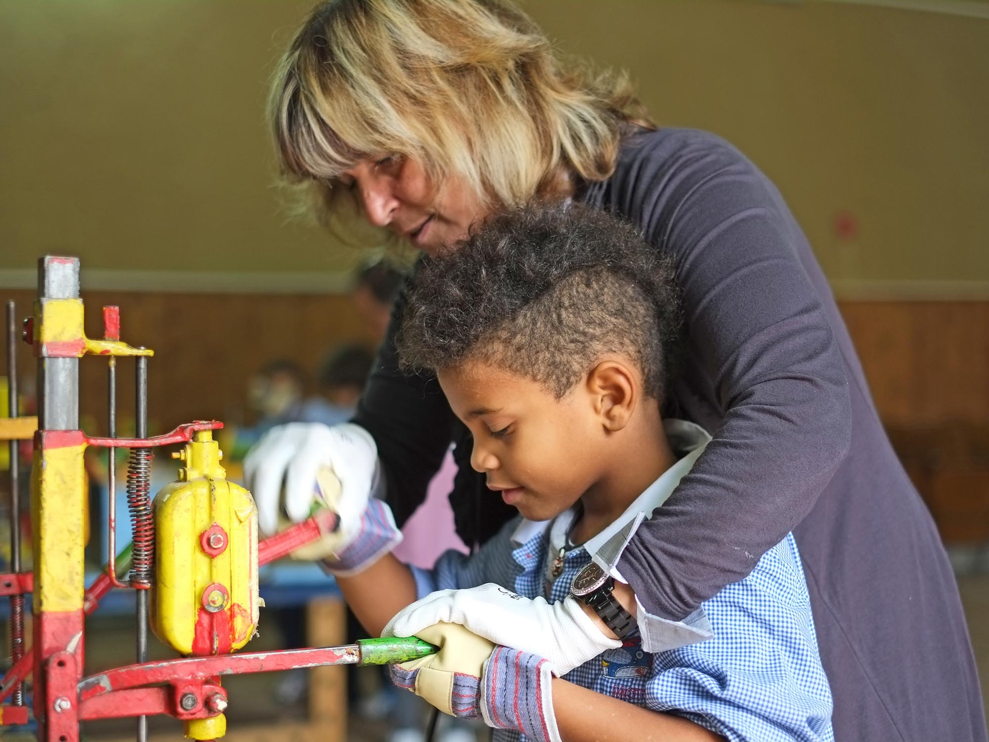 0171 Laboratorio creativo bambini ragazzi - Laboratori per bambini e assistenza Auser