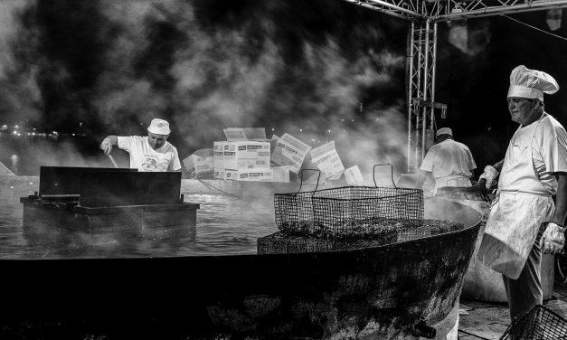 Volontari della festa del pesce
