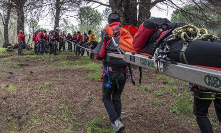Corpo Nazionale Soccorso Alpino e Speleologico, vita appesa a un filo