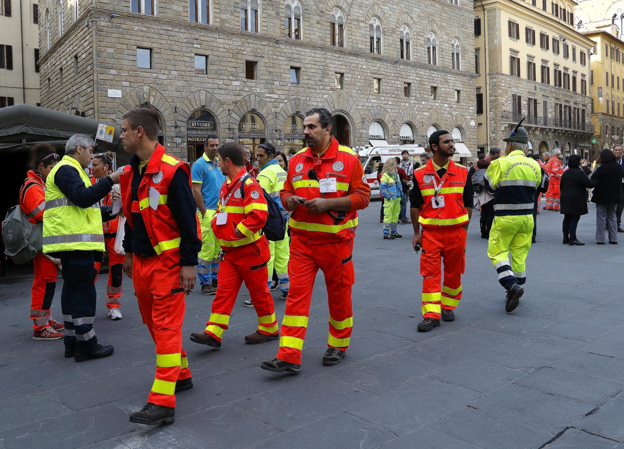 0244 Volontari per laccoglienza 2 - Volontari per l'accoglienza di Papa Francesco