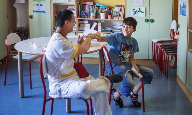 Assistenza in pediatria, un sorriso per i bambini in ospedale