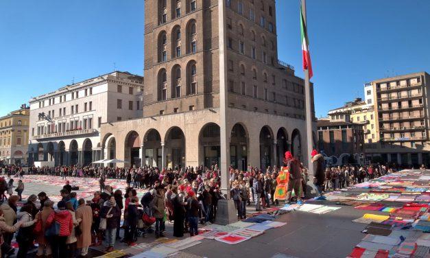 Manifestazione contro la violenza sulle donne, viva Vittoria