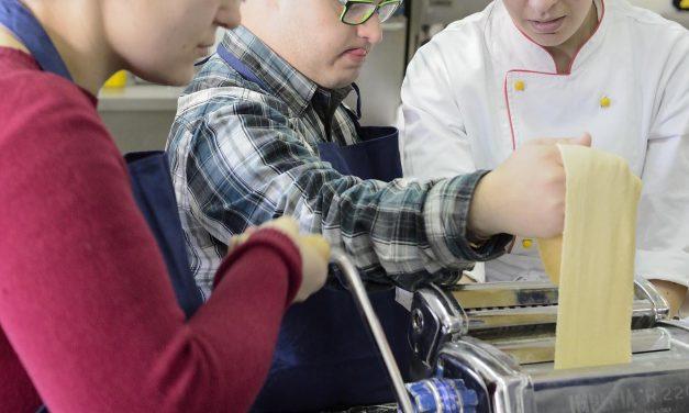 Corso di cucina con disabili, tutti masterchef