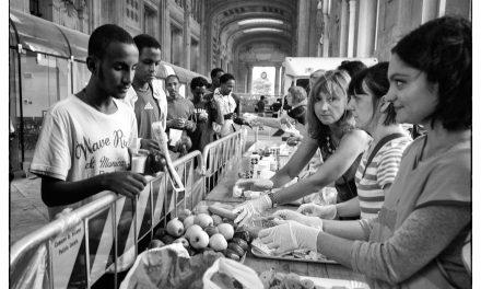 Arrivo profughi a Milano