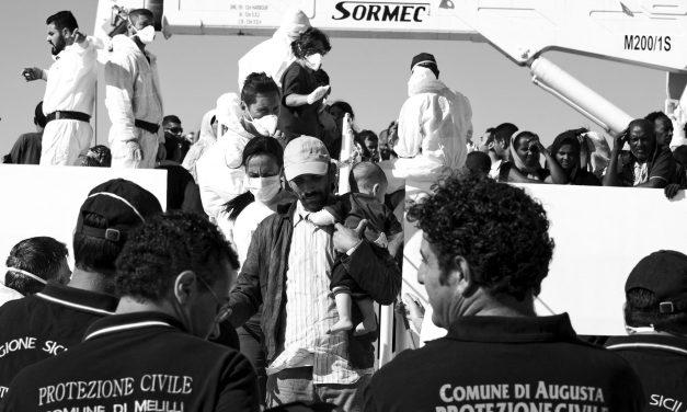 Accoglienza migranti, le tue mani per la vita