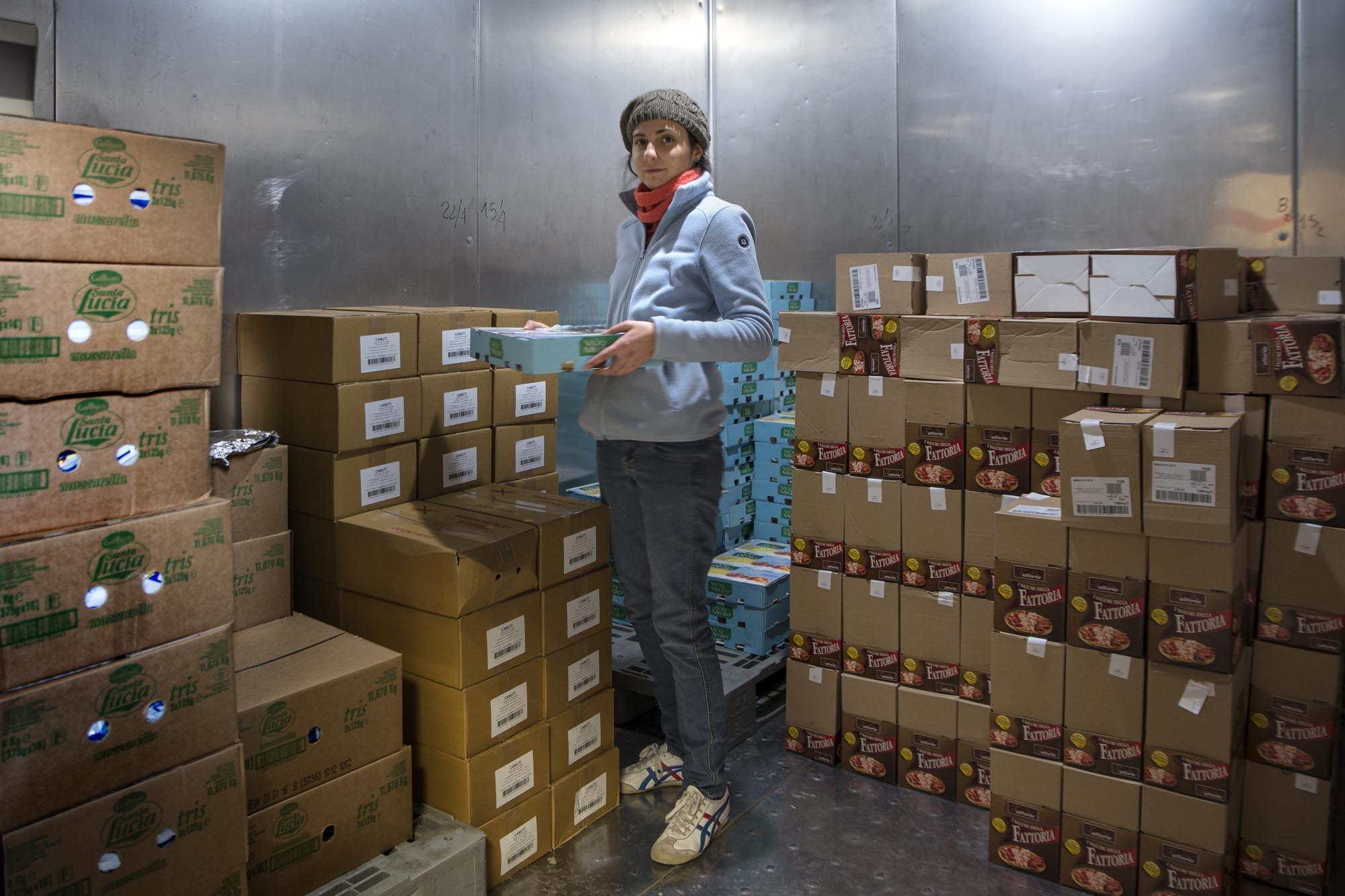 0736 Volontari di un market solidale - Assistenza alimentare alle famiglie, emporio