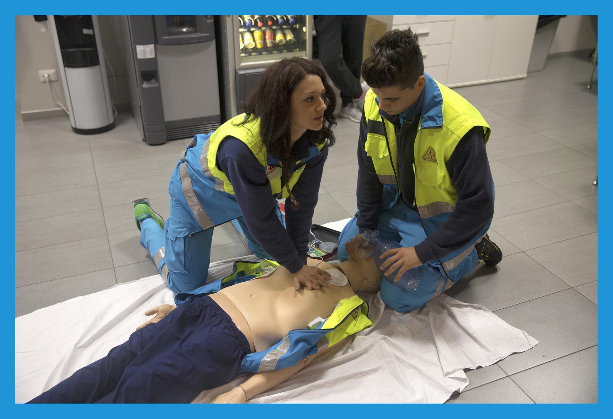 0188 Formazione di primo soccorso - Volontari AVO e della Misericordia, on the other side