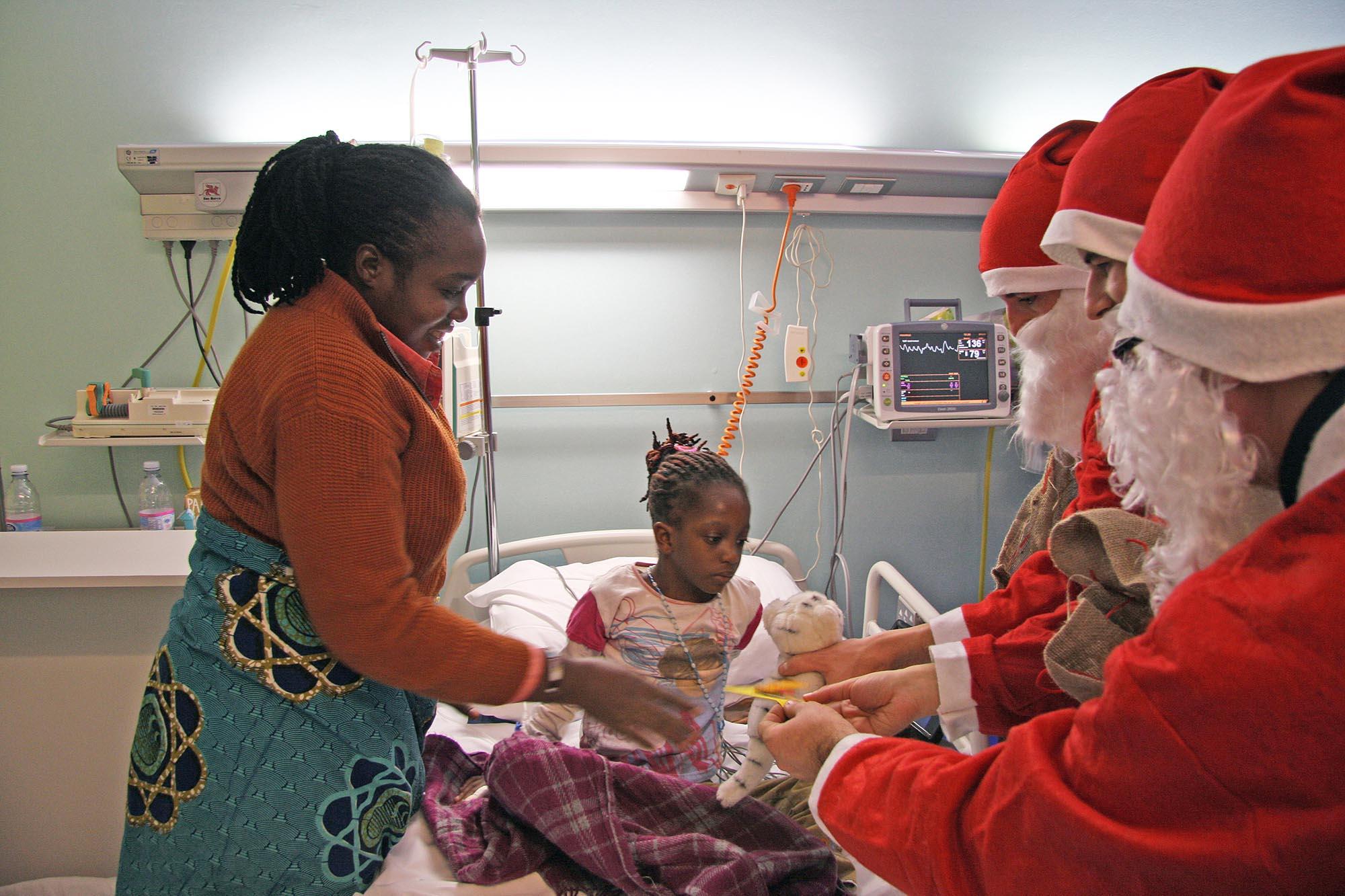0412 Volontari in ospedale - Assistenza malati e disabili