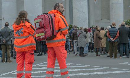 Volontari della Croce Rossa